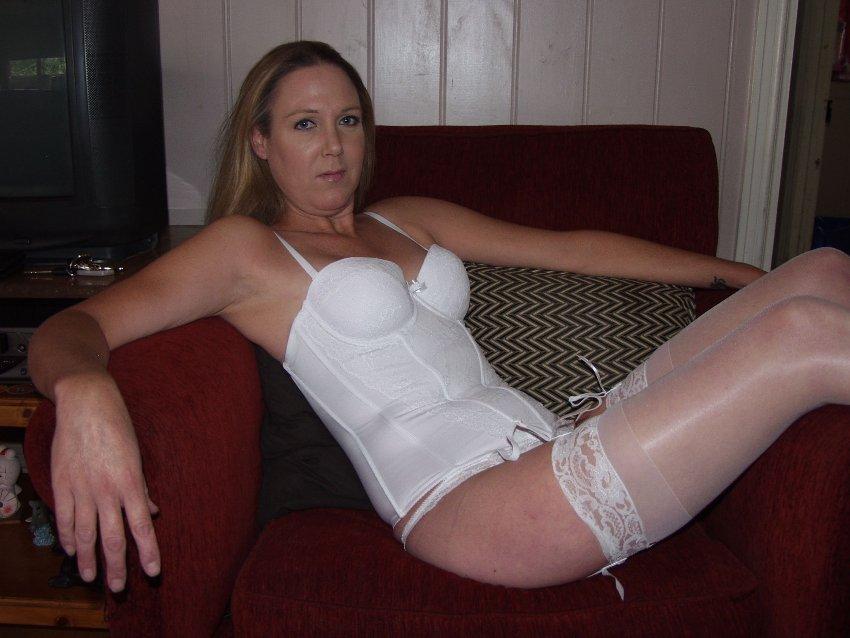 belle cougar escort girl haute normandie